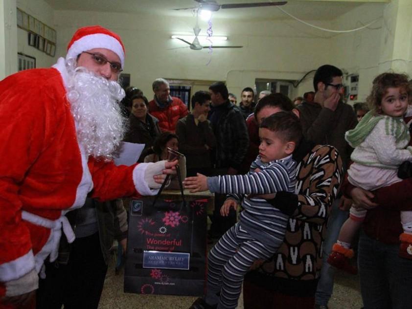 Weihnachts- geschenke für Flüchtlingskinder Dezember 2014 | ARAMAIC ...