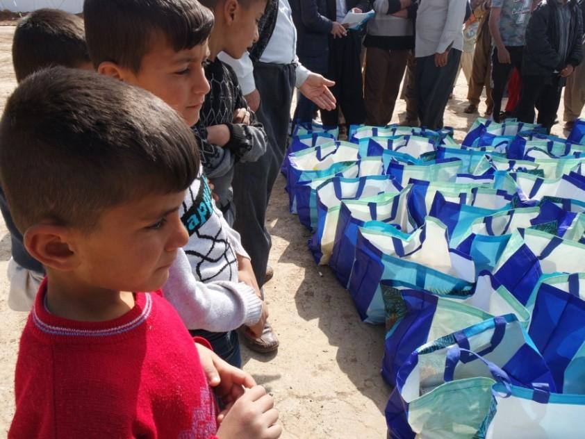 Verteilung von 1800 Lebensmittelpakete im Nordirak, März 2016