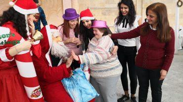 Weihnachtsfeier und Geschenke für pflegebedürftige Menschen in Aleppo, Syrien
