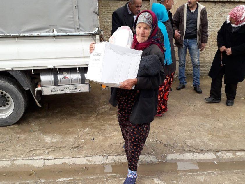 Lebensmittelverteilung für 280 bedürftige Rückkehrfamilien in Telsqof, Irak